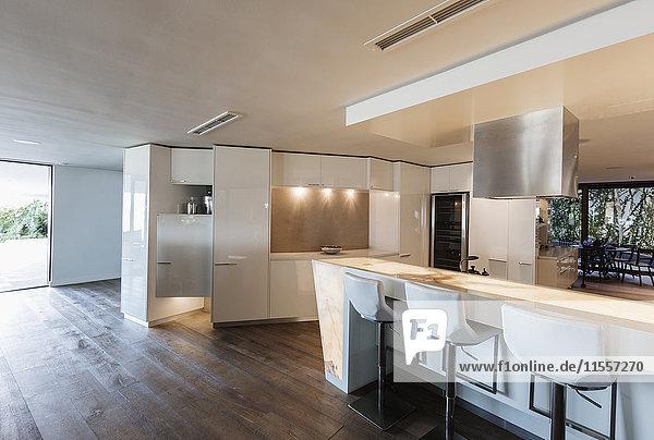 Modern  minimalist luxury home showcase interior kitchen