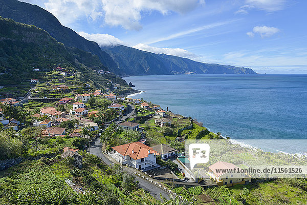 Portugal  Madeira  Blick auf Ponta Delgada an der Nordküste