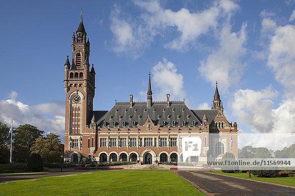 Peace Palace  The Hague  Holland  Netherlands