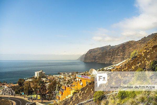 Acantilado de los Gigantes  Klippen  Klippe von Los Gigantes  Teneriffa  Kanarische Inseln  Spanien  Europa