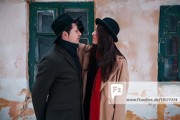 Ehepaar im Winterurlaub,  Odessa,  Ukraine