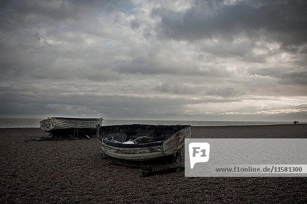 Fischerboote am Strand  Aldeburgh  Suffolk  England