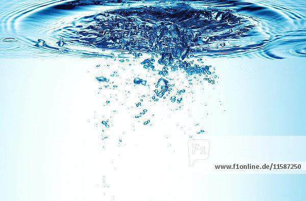 Bewegung im Wasser
