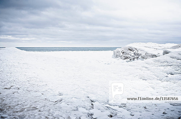 Looking at horizon over frozen lake