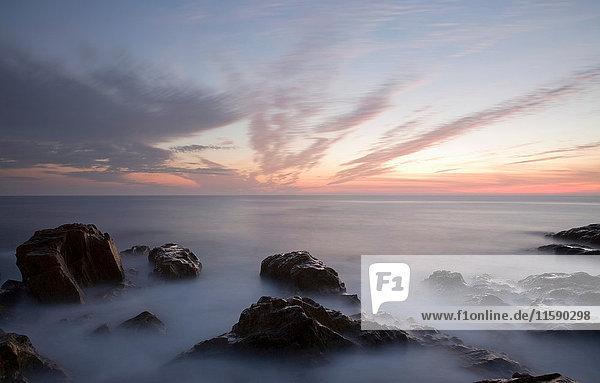 Sonnenuntergang über der Küste