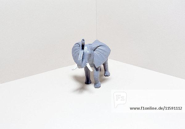 Spielzeug-Elefant