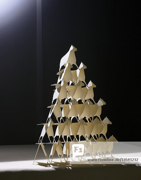 Origami-Tiere in Dreiecksform