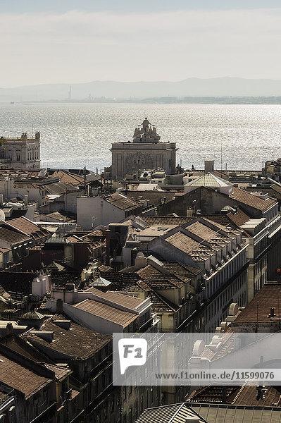 Portugal  Lissabon  Stadtbild vom Elevador de Santa Justa aus gesehen