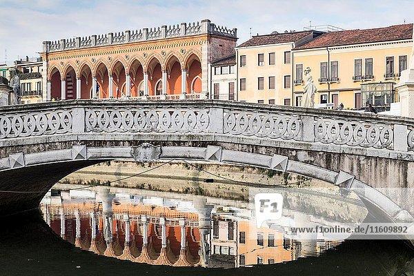 Padua  Veneto  North Italy  Europe. Reflected bridge on the Piazza Prato della Valle.