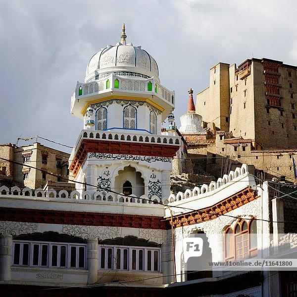 India  Jammu and Kashmir State  Himalaya  Ladakh  Indus valley  the city of Leh at an altitude of 3500 metres  Main Bazaar Road  Jama Masjid mosque