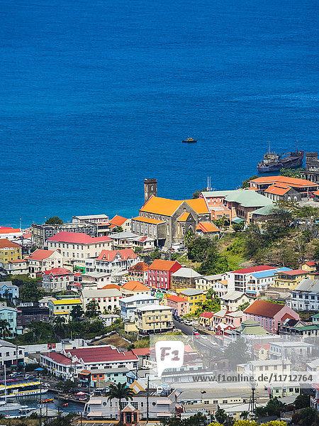 Antillen  Kleine Antillen  Grenada  Blick von oben auf St. George's