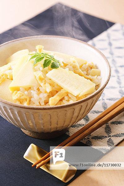 Bamboo shoot rice bowl