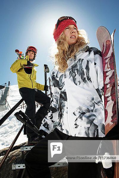 Portrait of skiing couple