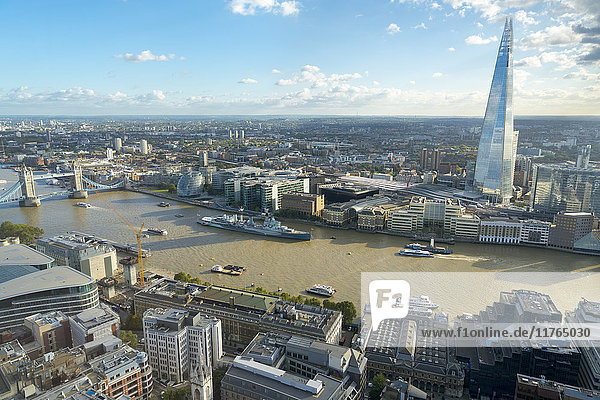 View of the River Thames  Tower Bridge  and the Shard  London  England  United Kingdom  Europe