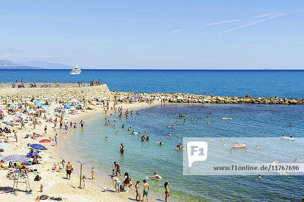 Plage de la Gravette  Antibes  Alpes Maritimes  Cote d'Azur  Provence  France  Mediterranean  Europe