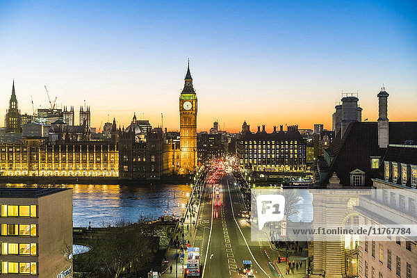 High angle view of Big Ben  the Palace of Westminster and Westminster Bridge at dusk  London  England  United Kingdom  Europe