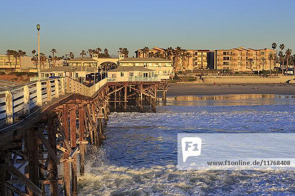 Crystal Pier  Pacific Beach  San Diego  California  United States of America  North America