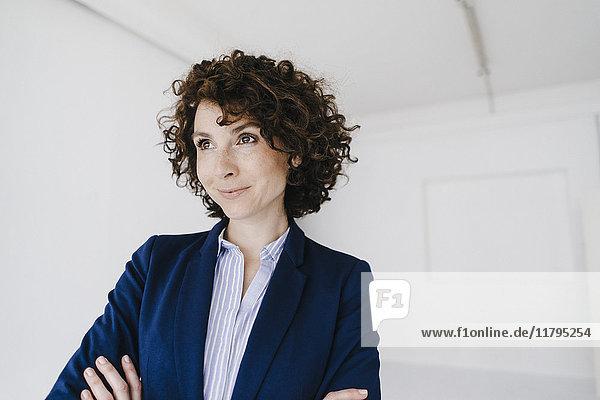 Geschäftsfrau  glücklich lächelnd