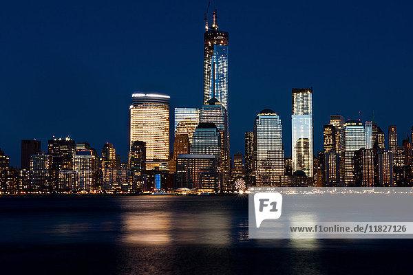Skyline von Manhattan (Blick von Jersey City)  New York City  USA