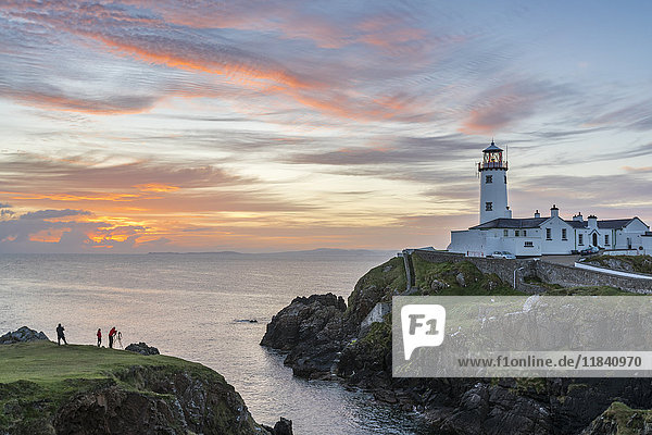 Fanad Head lighthouse  County Donegal  Ulster region  Republic of Ireland  Europe