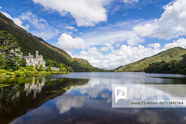 Kylemore Abbey on the Pollacapall Lough  Connemara National Park  County Galway  Connacht  Republic of Ireland  Europe