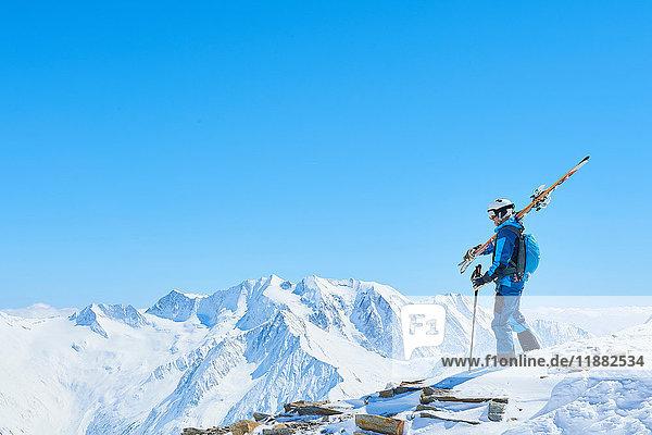 Man skiing  Hintertux  Tirol  Austria