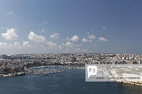 Jachthafen am Lazzaretto Creek  Marsamxett Harbour  Ausblick von Valletta  Malta  Europa
