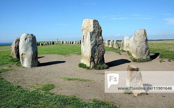 Ales stenar  Ale's Steine  megalithische Steine  Schiffseinstellung  Kåseberga  Scania  Schweden  Europa
