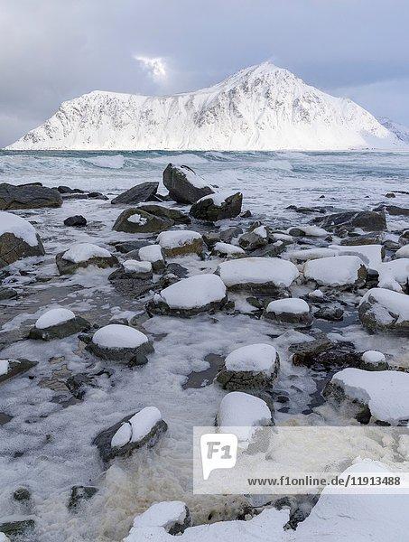 Coast near Flakstad  island of Flakstadoya. The Lofoten Islands in northern Norway during winter. Europe  Scandinavia  Norway  February.