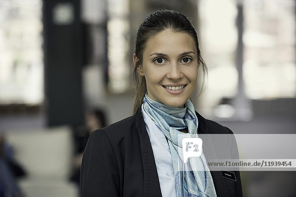Junge Geschäftsfrau,  Portrait