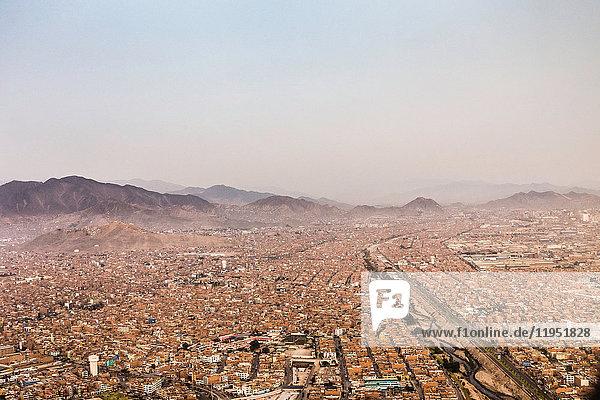 Luftaufnahme der Stadtlandschaft  Lima  Peru