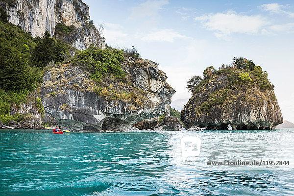 Man kayaking around marble caves  Puerto Tranquilo  Aysen Region  Chile  South America