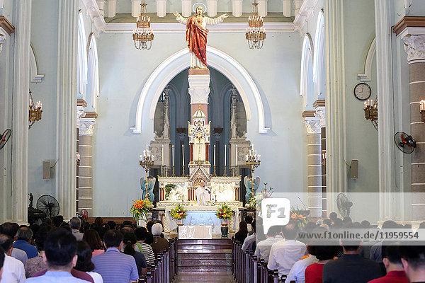 Sunday Mass celebration  Eucharist  St. Philip Church (Huyen Sy Church)  Ho Chi Minh City  Vietnam  Indochina  Southeast Asia  Asia