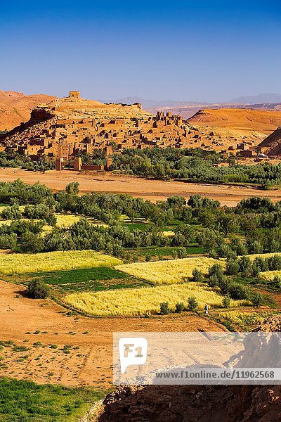Ksar Ait Benhaddou  old Berber adobe-brick village or kasbah  Ouarzazate Province. UNESCO World Heritage Site. Morocco  Maghreb North Africa.