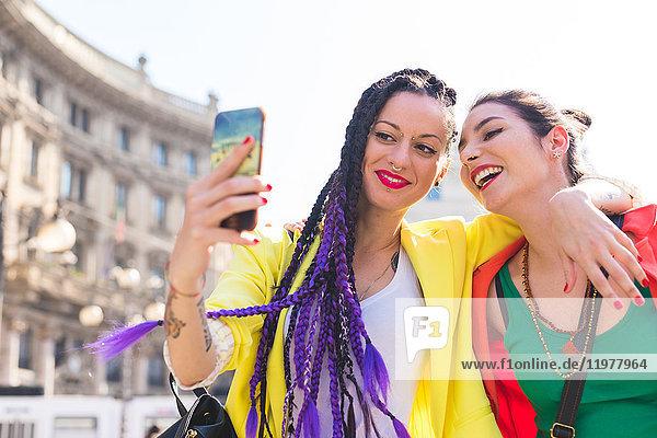 Frauen  die Selbsthilfe nehmen  Mailand  Italien