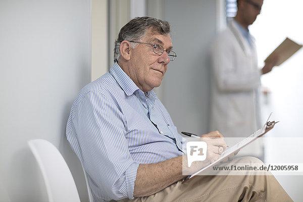 Patientenausfüllung in der Praxis