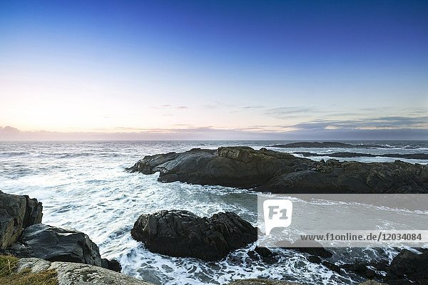 Morgenstimmung bei den Felsen von Stokksnes  Atlantik  Stokksnes  Horn  Höfn í Hornafirði  Island  Europa