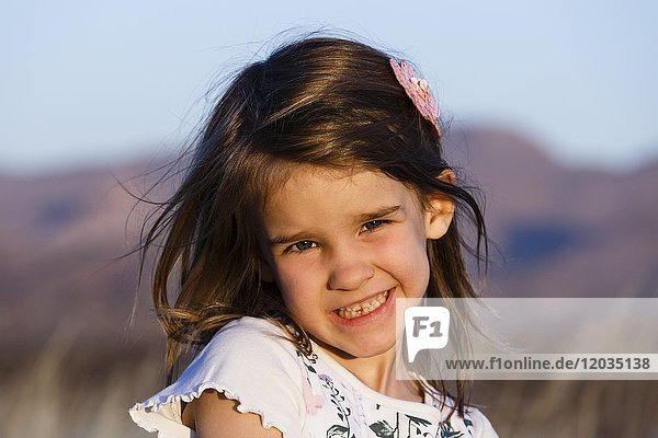 Laughing girl  5 years  portrait