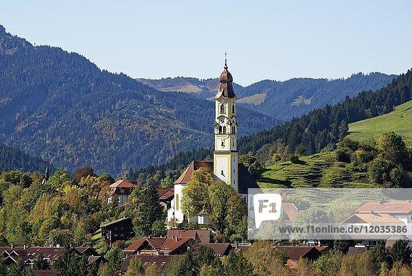Pfarrkirche Sankt Nikolaus  Pfronten  Ostallgäu  Allgäu  Bayern  Deutschland  Europa