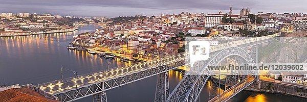 Old town with bridge  arched bridge Ponte Dom Luís I over the Douro  dawn  Porto  Portugal  Europe