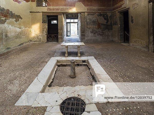 Herculaneum  Casa del Tramezzo di Legno  Ausgrabungsstätte  Golf von Neapel  Kampanien  Italien  Europa