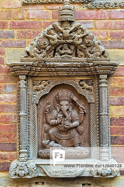 Mul Chowk Hof  Mauer mit geschnitzte Statuen  Hanuman Dhoka Königspalast  Patan Durbar Square  Unesco Weltkulturerbe  Kathmandu Tal  Lalitpur  Nepal  Asien