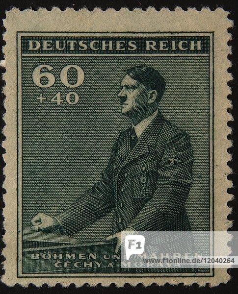 Adolf Hitler  deutscher Politiker  Porträt auf deutscher Briefmarke 1942