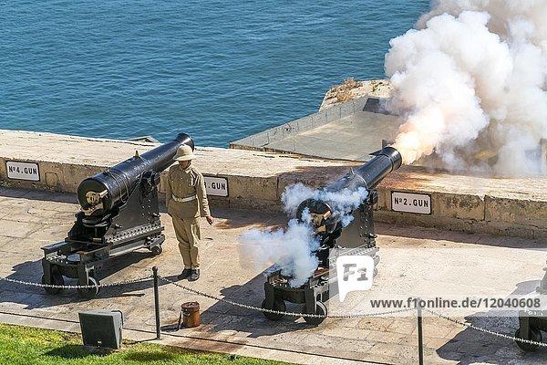 Cannon shot from the Saluting Battery in Upper Barrakka Gardens  Valletta  Malta  Europe