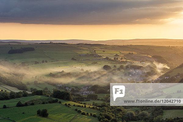 View from Curbar Edge looking towards Calver  Dark Peak  Peak District National Park  Derbyshire  England  United Kingdom  Europe