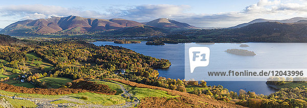 Derwent Water and Skiddaw mountains beyond  Lake District National Park  UNESCO World Heritage Site  Cumbria  England  United Kingdom  Europe