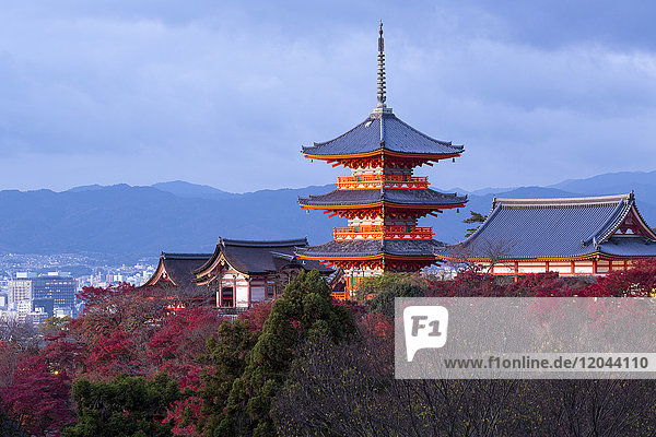 Kiyomizu-dera temple  UNESCO World Heritage Site  Kyoto  Honshu  Japan  Asia