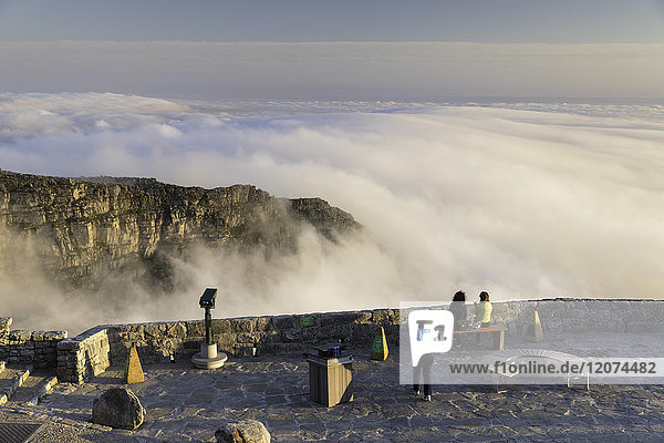 People on the summit of Table Mountain  Cape Town  Western Cape  South Africa  Africa