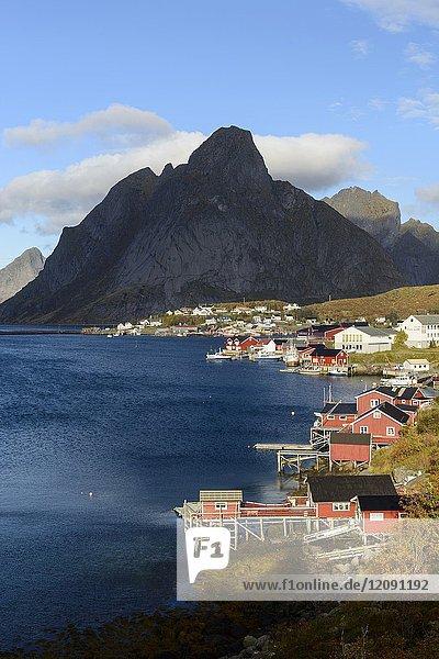 Fishing village of Reine  Moskenesøya island  Lofoten archipelago  county of Nordland  Norway  Europe.