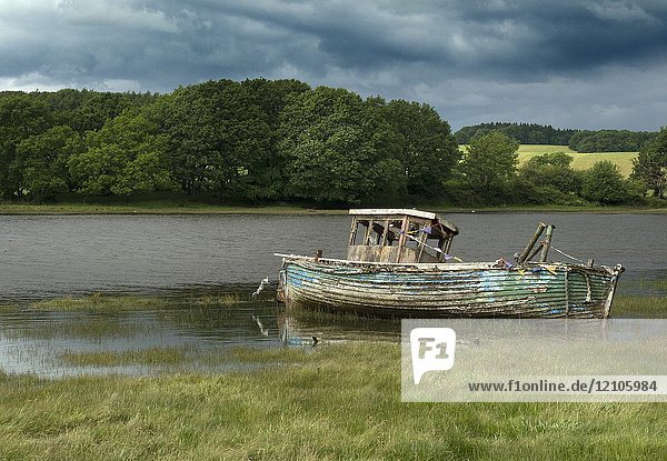 Old boat by the dee in Kirkcudbright Dumfries and Galloway  Scotland  UK.